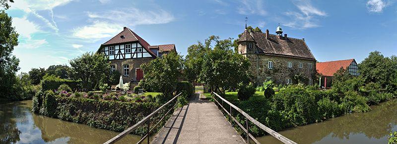 Bild 1: Film- und Fotokulisse Rittergut Remeringhausen