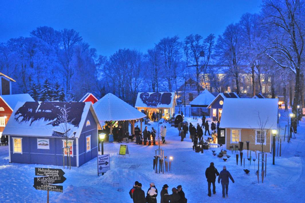 Weihnachtsmarkt Ratzeburg.Pronstorfer Weihnacht Allodien German Castle Club