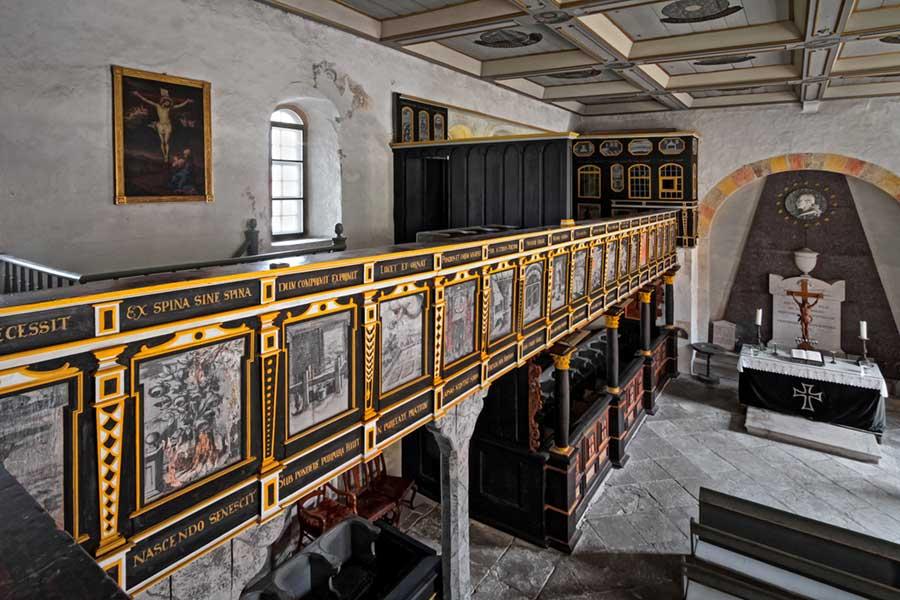Blick in die Kapelle von Rittergut Lucklum
